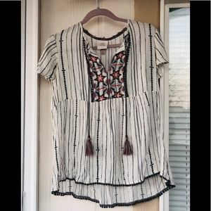 Knox Rose embroidery  tunic like new